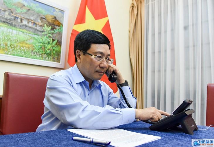 팜빈민 부총리 겸 외무장관, 한국 외무장관과 전화회의 - ảnh 1