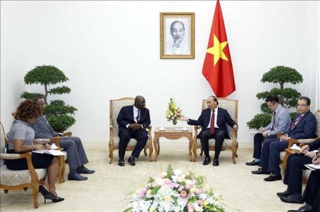 응우옌 쑤언 푹 총리, 주 베트남 나이지리아 대사 접견 - ảnh 1