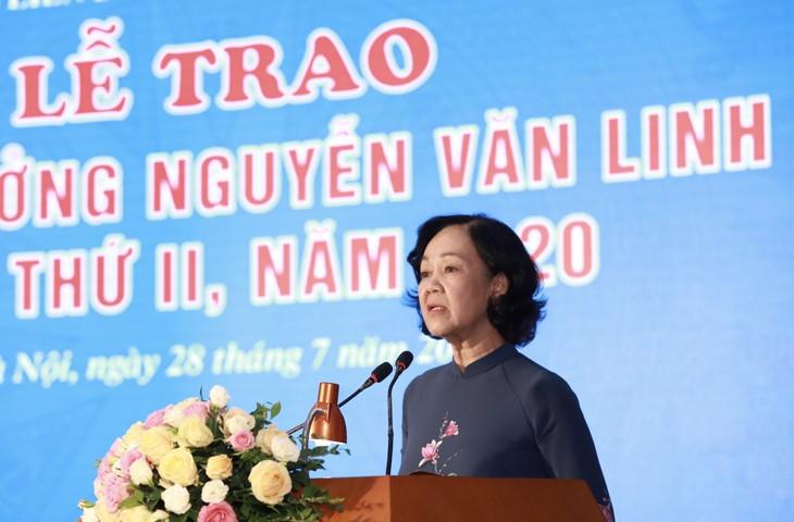 2020 년 제2회 응우옌 반 린 상 시상식 - ảnh 1