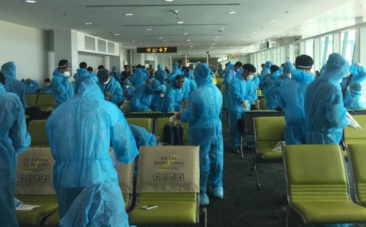 브루네이발 180 여명의 베트남 국민, 무사히 귀국 조치 - ảnh 1