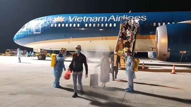 베트남항공,국제선 정기노선을 공식 재운항 - ảnh 1