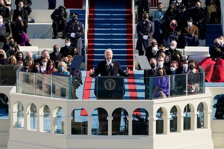 조 바이든 미국 신임 대통령, 단결의 메시지 전달 - ảnh 1