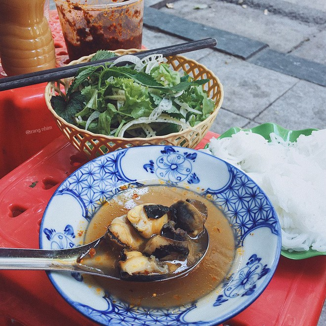 하노이, 더운 날씨를 기다리는 음식이 있다 - ảnh 1