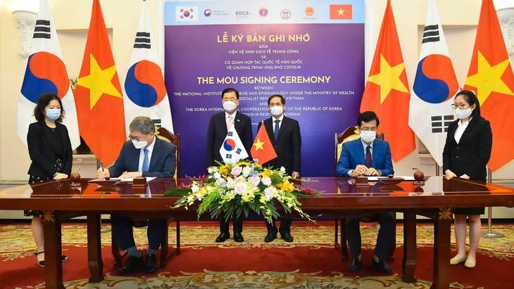 베트남 – 한국 전략적 협력 파트너 관계 유지 및 발전 중시 - ảnh 2