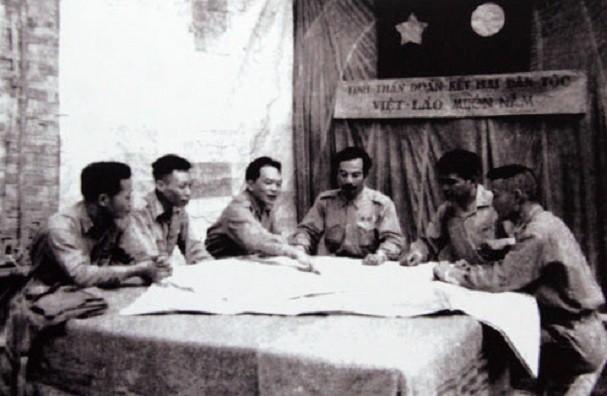 보 응우옌 잡 장군과 역사적 순간들 - ảnh 10