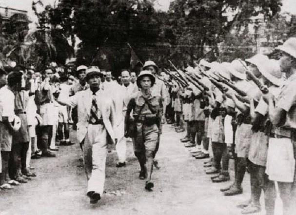 보 응우옌 잡 장군과 역사적 순간들 - ảnh 4