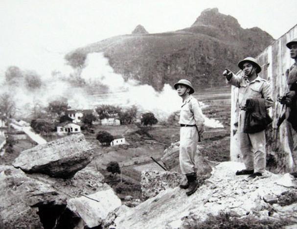 보 응우옌 잡 장군과 역사적 순간들 - ảnh 9