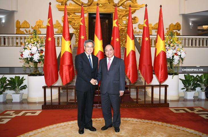 នាយករដ្ឋមន្រ្តីវៀតណាមលោក Nguyen Xuan Phuc ទទួលជួបសវនាការជា មួយថ្នាក់ដឹកនាំចិន ជប៉ុន កូរ៉េខាងត្បូង ដែលអញ្ជើញមកចូលរួមវេទិកា WEF ASEAN ២០១៨ - ảnh 1