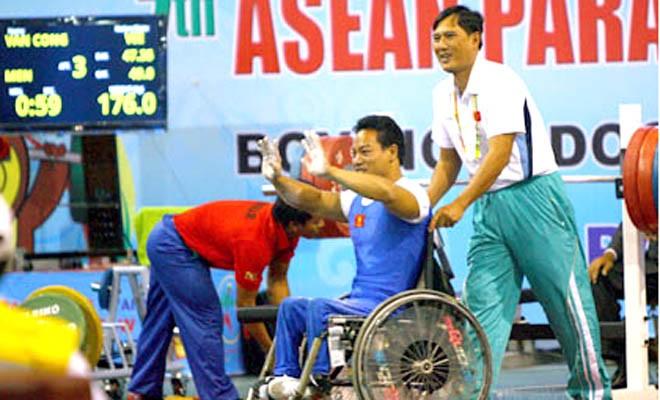 វៀតណាមដណ្តើមបានមេដាយមាសចំនួន ២ គ្រឿងនៅ Asian Para Games 2014 - ảnh 1
