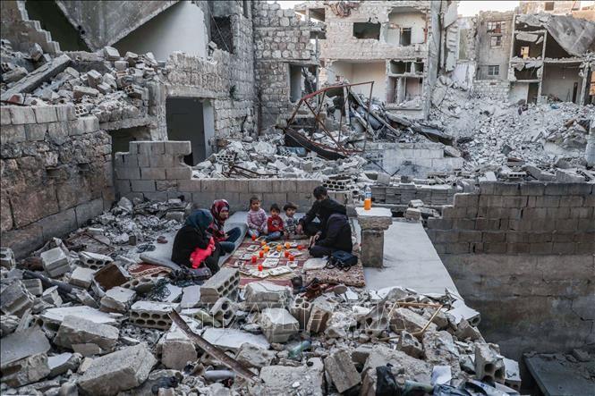 DK PBB mengadakan dialog tentang masalah senjata kimia di Suriah - ảnh 1