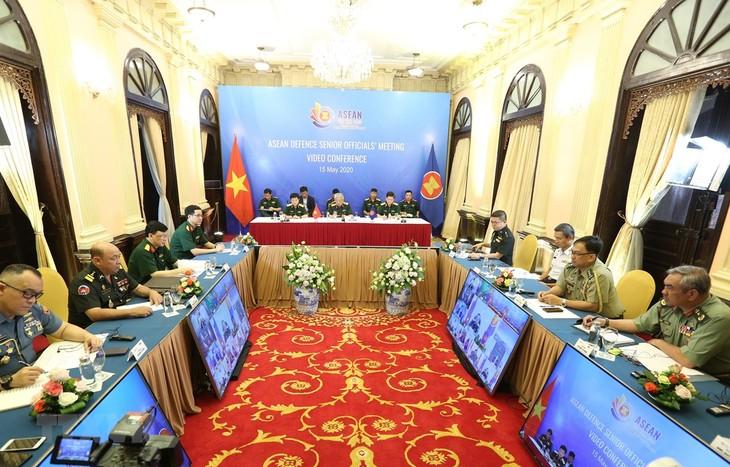 ASEAN 2020: Membuka Konferensi Online Pejabat Pertahanan Senior ASEAN - ảnh 1