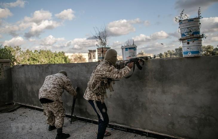 Libia: Pasukan LNA menarik diri dari beberapa kawasan di Ibukota Tripoli - ảnh 1