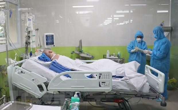 Koran Inggris menulis artikel tentang pemulihan yang luar bisa dari pasien Covid-19 ke-91, pembaca Inggris memuji Vietnam - ảnh 1
