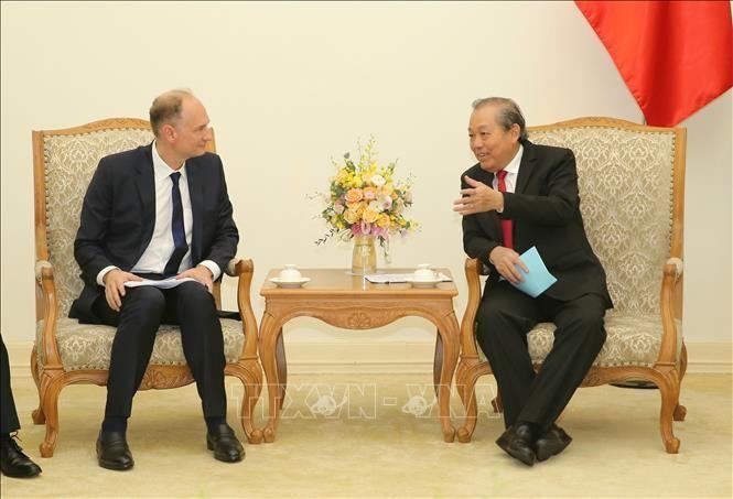 Vietnam ingin melakukan kerjasama dengan semua negara dalam mengembangkan rantai pasokan dan industri penunjang - ảnh 1