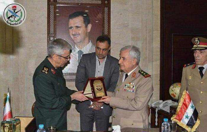 Iran dan Suriah menandatangani permufakatan tentang perluasan kerjasama militer yang komprehensif - ảnh 1