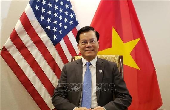 Kerjasama ekonomi – perdagangan – investasi menjadi motivasi untuk mendorong hubungan Vietnam – AS dalam waktu 25 tahun terakhir  - ảnh 1