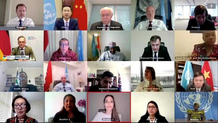DK PBB mengadakan pembahasan terbuka tentang perempuan, perdamaian, dan keamanan – Kekerasan seksual dalam bentrokan - ảnh 1