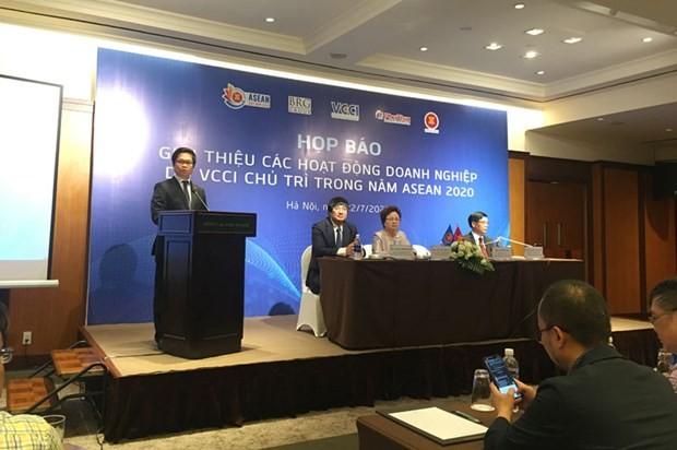 Banyak kegiatan badan usaha pada Tahun ASEAN 2020 - ảnh 1
