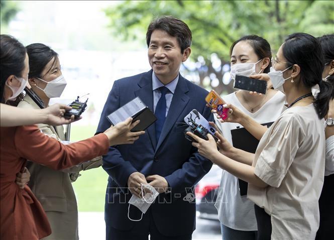 Menteri Unifikasi Republik Korea yang baru mengimbau untuk lebih proaktif dalam kebijakan antar-Korea - ảnh 1