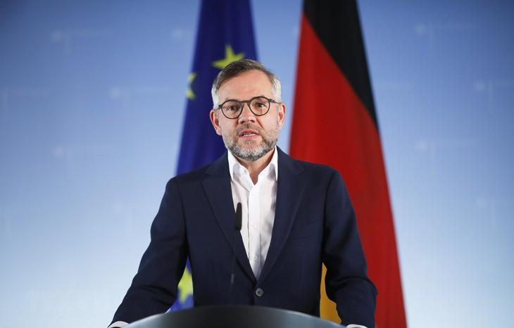 Jerman mendesak Inggris lebih realistis dalam proses perundingan dengan Uni Eropa - ảnh 1