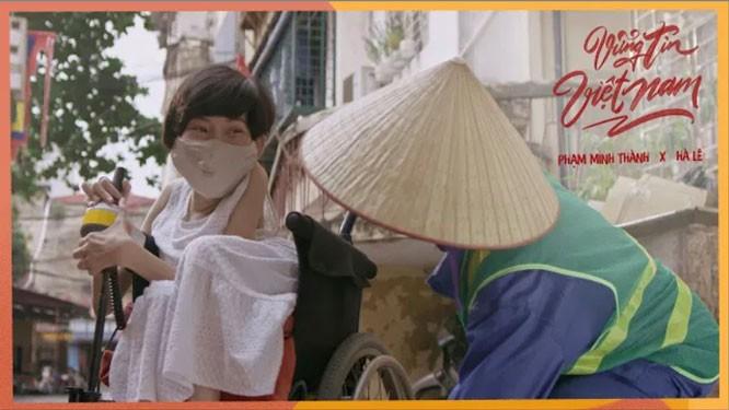 "Wabah Covid-19: Video musik ""Keyakinan teguh Vietnam"" menyambut baik kampanye media ""Keyakinan terhadap kemenangan"" - ảnh 1"