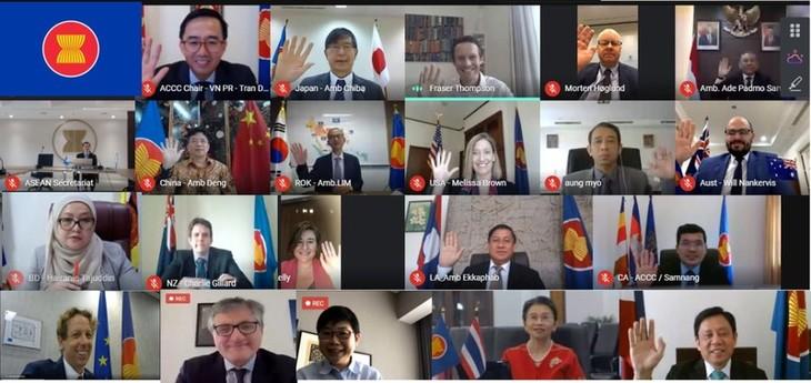 Perwakilan Vietnam di ASEAN mengadakan Forum Konektivitas ASEAN kali ke-11 - ảnh 1