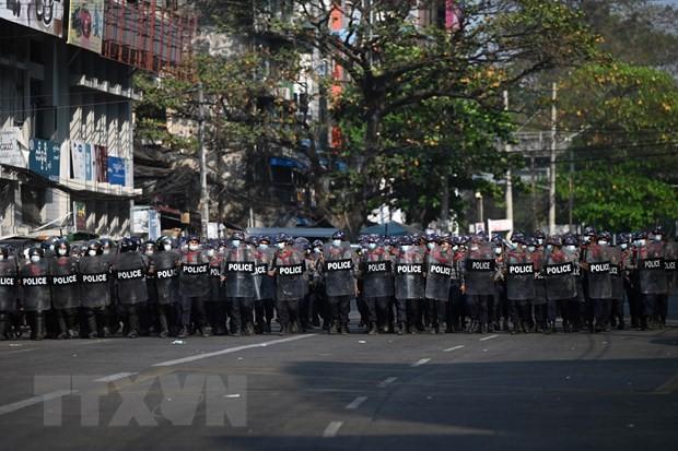 Opini Umum Internasional Khawatir tentang Situasi Kekerasan di Myanmar - ảnh 1