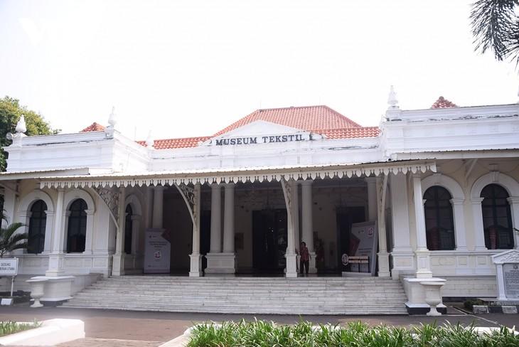 Museum Tekstil – Tempat Konservasikan dan Perkenalkan Pusaka Budaya Indonesia - ảnh 1