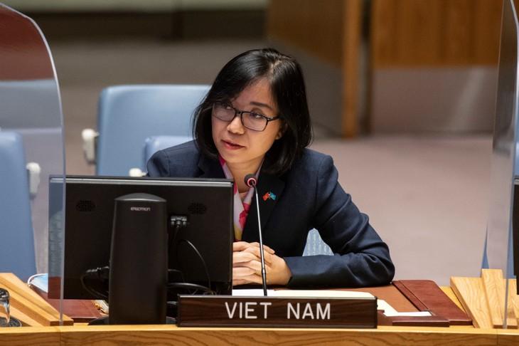 Vietnam Imbau untuk Segera Bentuk Pemerintah Baru di Libanon - ảnh 1