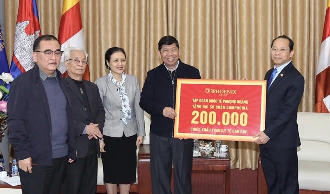 Vietnam-Kamboja Bersatu Memberantas Pandemi Covid-19 - ảnh 1