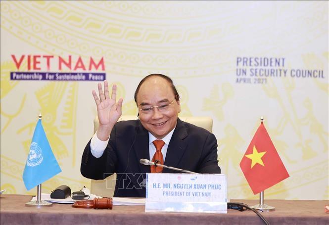Presiden Nguyen Xuan Phuc: Vietnam Konsisten dengan Garis Politik Diplomatik yang Independen, Mandiri, Teranekaarahkan, dan Teranekaragamkan - ảnh 1