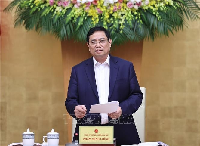 PM Pham Minh Chinh: Mutlak Jangan Subyektif, Junjung Tinggi Kesadaran demi Kesehatan Masyarakat - ảnh 1