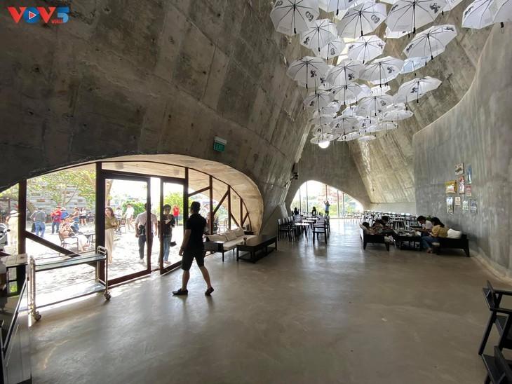Museum Dunia Kopi di Kota Buon Ma Thuot - ảnh 14