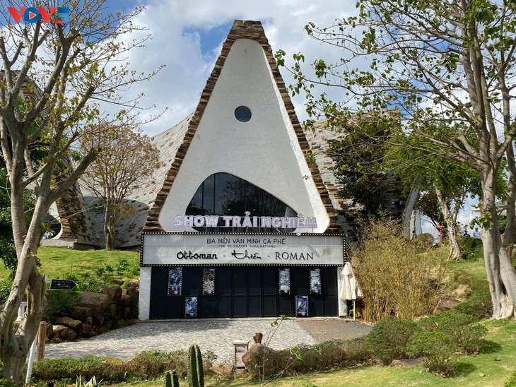 Museum Dunia Kopi di Kota Buon Ma Thuot - ảnh 2