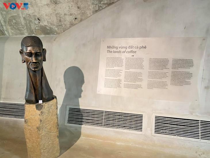 Museum Dunia Kopi di Kota Buon Ma Thuot - ảnh 9