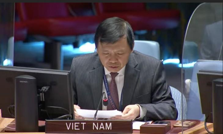 Vietnam Khawatir atas Berlanjutnya Kekerasan dan Diskriminasi Ras yang Ekstrem di Tepi Barat - ảnh 1