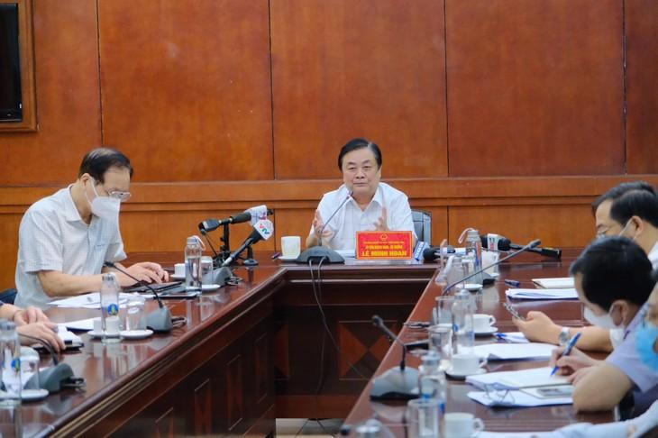 Atasi Kesulitan, Pulihkan Pengolahan, Ekspor Hasil Pertanian, Perikanan bagi Provinsi-Provinsi Daerah Nam Bo (Vietnam Selatan) - ảnh 1