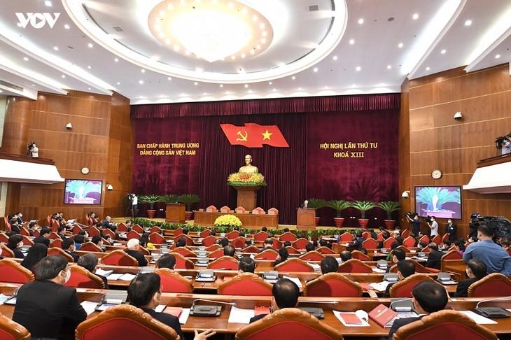 Sekjen Nguyen Phu Trong: Berupaya Kendalikan Wabah untuk Pulihkan dan Kembangkan Sosial-Ekonomi - ảnh 2