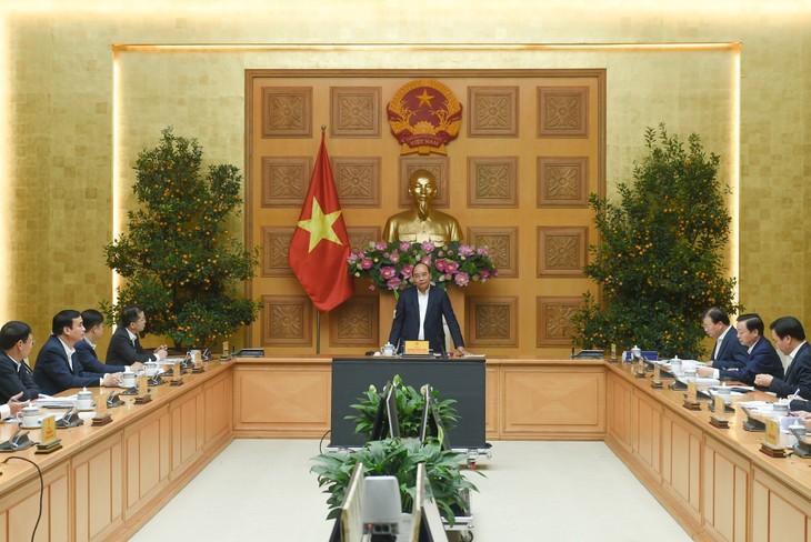 PM Nguyen Xuan Phuc Adakan Pertemuan tentang Penyesuaian Perencanaan Umum Kota Da Nang - ảnh 1