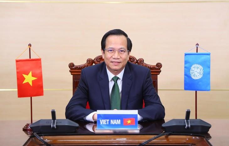 Vietnam Berkomitmen Memprioritaskan Pelaksanaan Kesetaraan Gender - ảnh 1