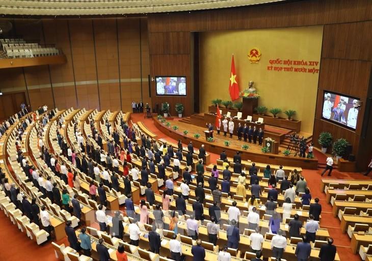 Vietnam Pilih Pimpinan Baru dan Bersama Dengan Komunitas Internasional Mendorong Perdamaian - ảnh 1
