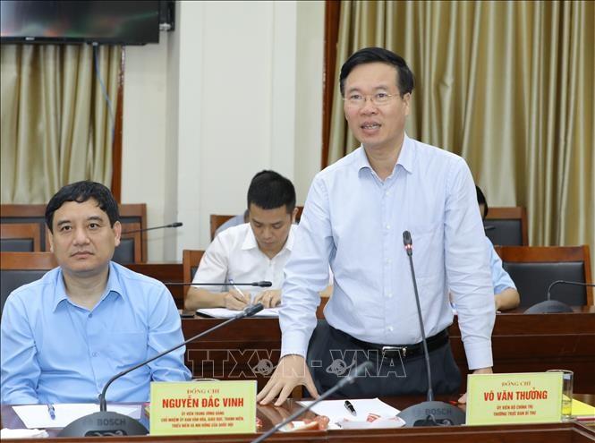 Dorong Propaganda Terjemahkan Resolusi Kongres Nasional XIII Partai Komunis Vietnam ke Dalam Praktek Kehidupan - ảnh 1