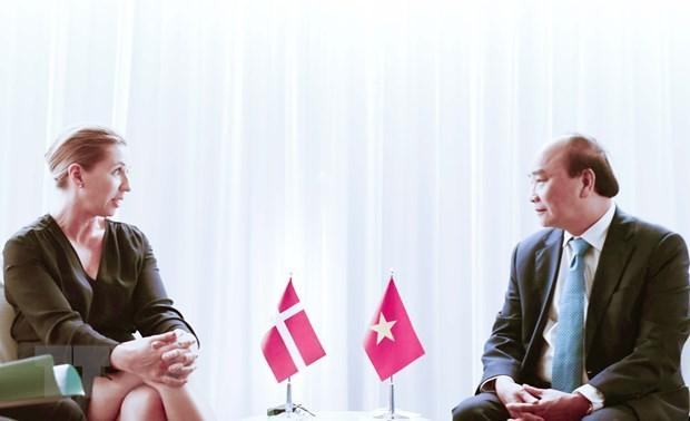 Presiden Nguyen Xuan Phuc Bertemu Dengan Para Pemimpin Negara dan Organisasi Internasional - ảnh 2