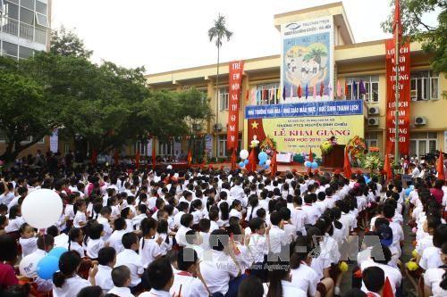 越南全国2200万学生参加2016-2017新学年开学典礼 - ảnh 2