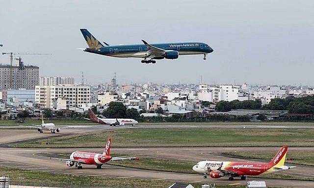 来自韩国疫区的航班将降落在云屯、扶吉和芹苴机场 - ảnh 1