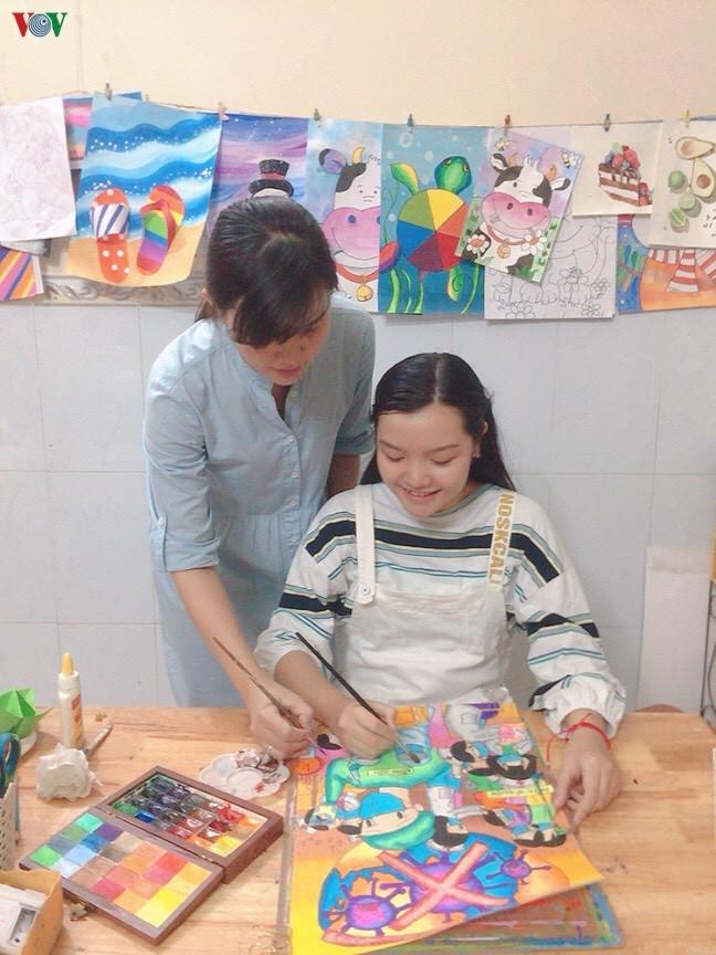 芹苴市儿童及其关于新冠肺炎疫情的绘画作品 - ảnh 8