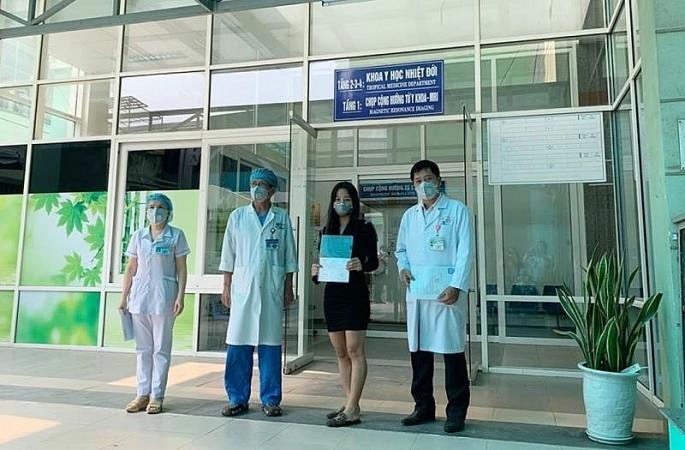 4月7日预计将有18名新冠肺炎患者治愈出院 - ảnh 1