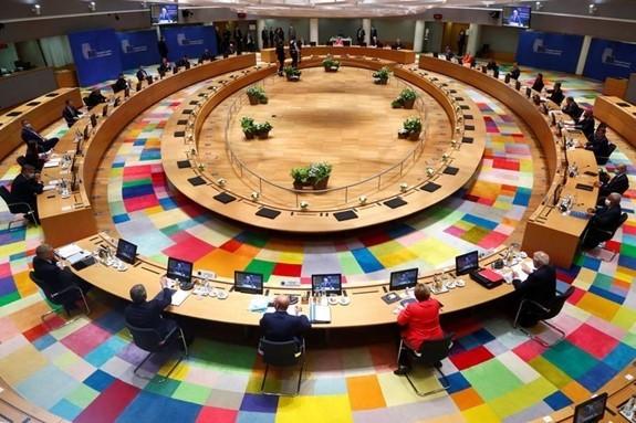 欧洲在经济救助问题上出现分歧 - ảnh 1