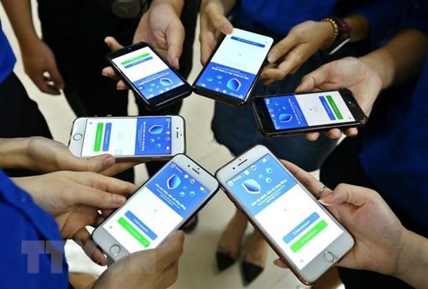 COVID-19大流行:每天有100万越南人安装蓝区应用 - ảnh 1