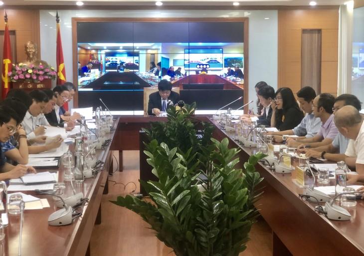 越南之声与柬埔寨邮电通讯部举行视频会议 - ảnh 1
